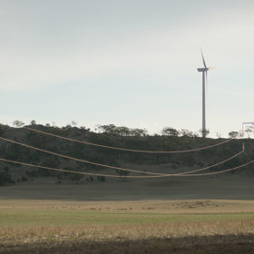Transmission lines and wind turbine